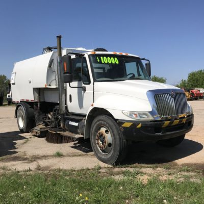 2003 International Street Sweeper Vacuum Truck